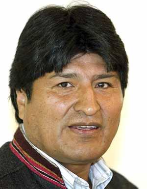 Evo Morales enfrenta a la oposición